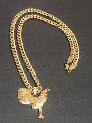 Curb Cuban link diamond cut GOLD PLATED OVER BRASS 8mm Necklace 24inches In Length With Rooster Charm for Sale in Orlando, FL