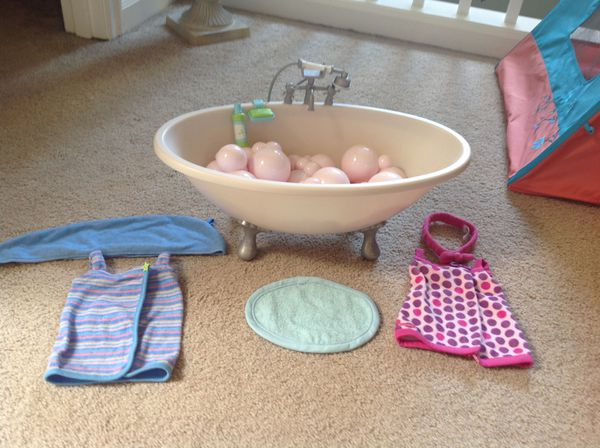 American Girl Doll Bathtub And Clothes For Sale In Auburn Wa Offerup