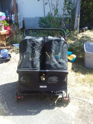 Double dog stroller for Sale in Spanaway, WA
