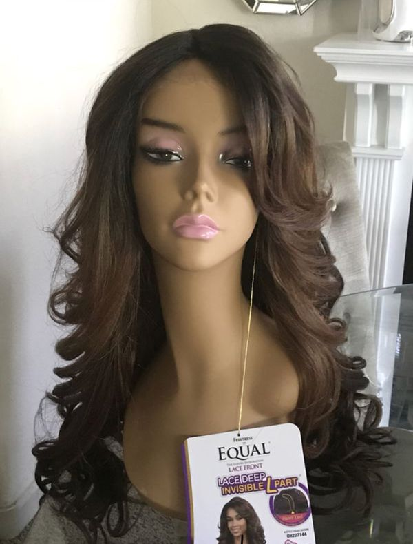 Synthetic wig for Sale in North Las Vegas e65c350217c9