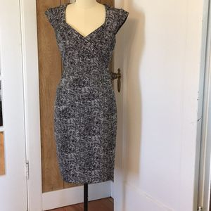 Small White House Black Market Sheath Dress for Sale in Port Orchard, WA