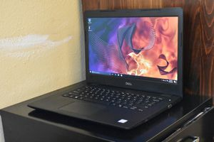 Dell Eighth Generation i5 Laptop for Sale in Tacoma, WA