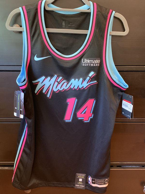 sports shoes e27e9 2301b Tyler Herro Miami Heat Nike Vice Black Swingman Jersey for Sale in Cooper  City, FL - OfferUp