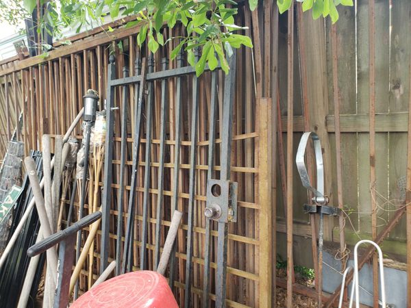 Iron Fence Sections For Sale In Cypress Tx Offerup