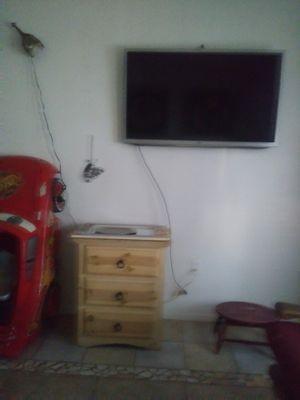 Lg tv 32 in smart tv for Sale in Phoenix, AZ