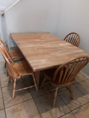Beautiful Dining Room Table With 4 Chairs For In Albuquerque Nm Offerup
