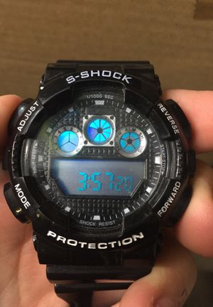 S-Shock Protection Watch // Works good // New battery // Black color // Barely used for Sale in Stickney, IL