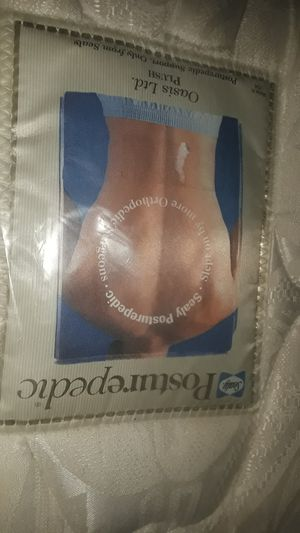 Photo Definite clearance sale full size Sealy Posturepedic jumbo extra thick mattress and box springs