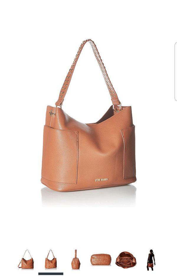 e91eee7f5a6 Steve Madden BBOHO Shoulder Bag for Sale in Palm Beach Shores