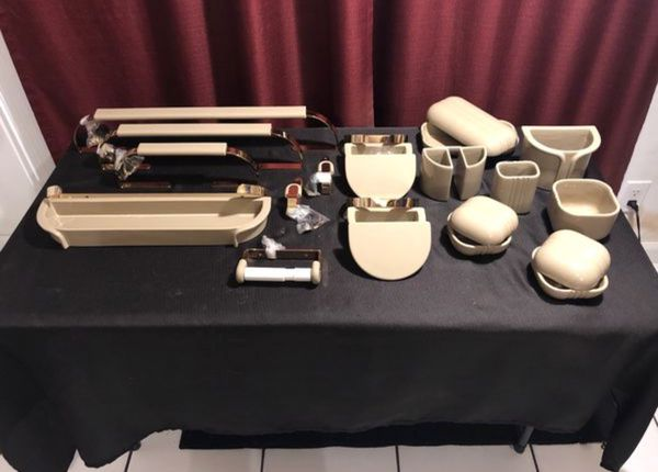 Bathroom Accessories Fixtures Set For In Delray Beach Fl Offerup