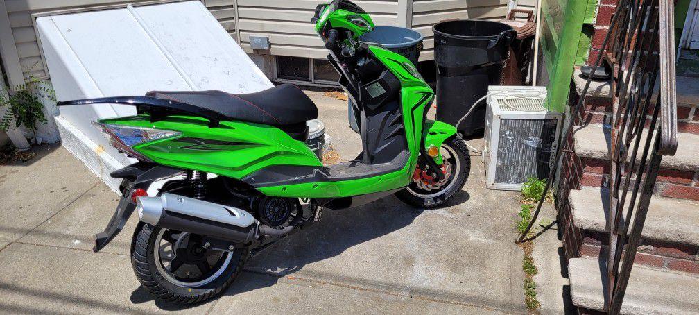 Photo Brand new gator 150 cc gas bike