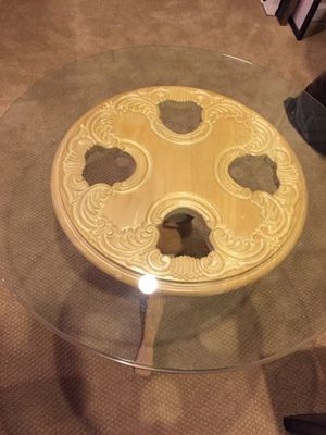 End table excellent condition for Sale in Centreville, VA