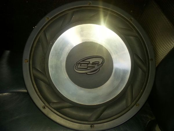 C4 12in  Svc 4-Ohm 600 watt Subwoofer for Sale in Adelanto, CA - OfferUp