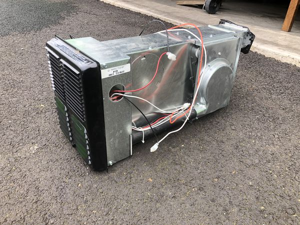 Electric pop up camper heater for Sale in Newberg, OR - OfferUp
