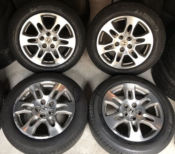 Honda Factory Rims >> Nice 18 Inch Honda Odyssey Factory Oem Wheels Rims Tires De Pax 18 For Sale In Chicago Il Offerup