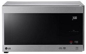 LG NeoChef™ Countertop Microwave for Sale in Woodbridge, VA