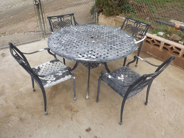 Peachy Cast Aluminum Patio Set Tables Chairs Needs Paint For Sale In Homeland Ca Offerup Download Free Architecture Designs Salvmadebymaigaardcom