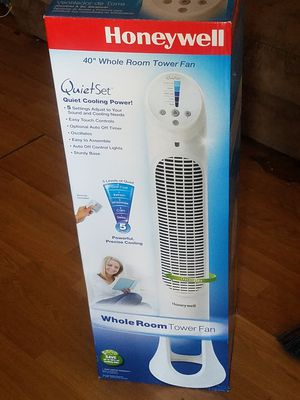 """Honeywell Quietset 40"""" whole room tower fan for Sale in Tucson, AZ"""