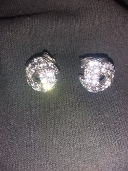 Earrings with stones Thumbnail