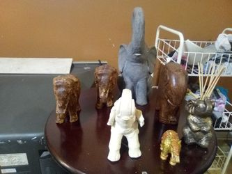 Veriety of elephants Thumbnail