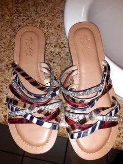 Women's sandals Size 7.5 Thumbnail