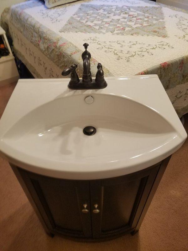 Bathroom Vanitys For Sale In Pittsburgh PA OfferUp - Bathroom vanities pittsburgh