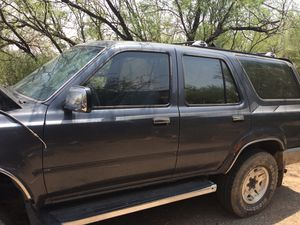 Parts 93 Toyota 4x4 4 Runner 4x4 Transmission / Transfer Case, Front and Rear diff, clean Body , Roof Rack , back hatch glass, Tow package Good Deal for Sale in Phoenix, AZ