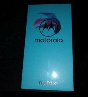 Moto X4 32gb black universal unlocked for Sale in Falls Church, VA