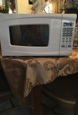Microwave, Rival, 700 watts for Sale in Springfield, VA