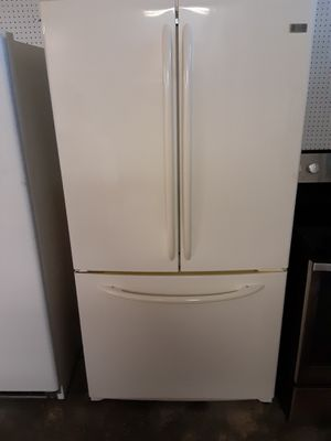 Photo Ge profile french door refrigerator