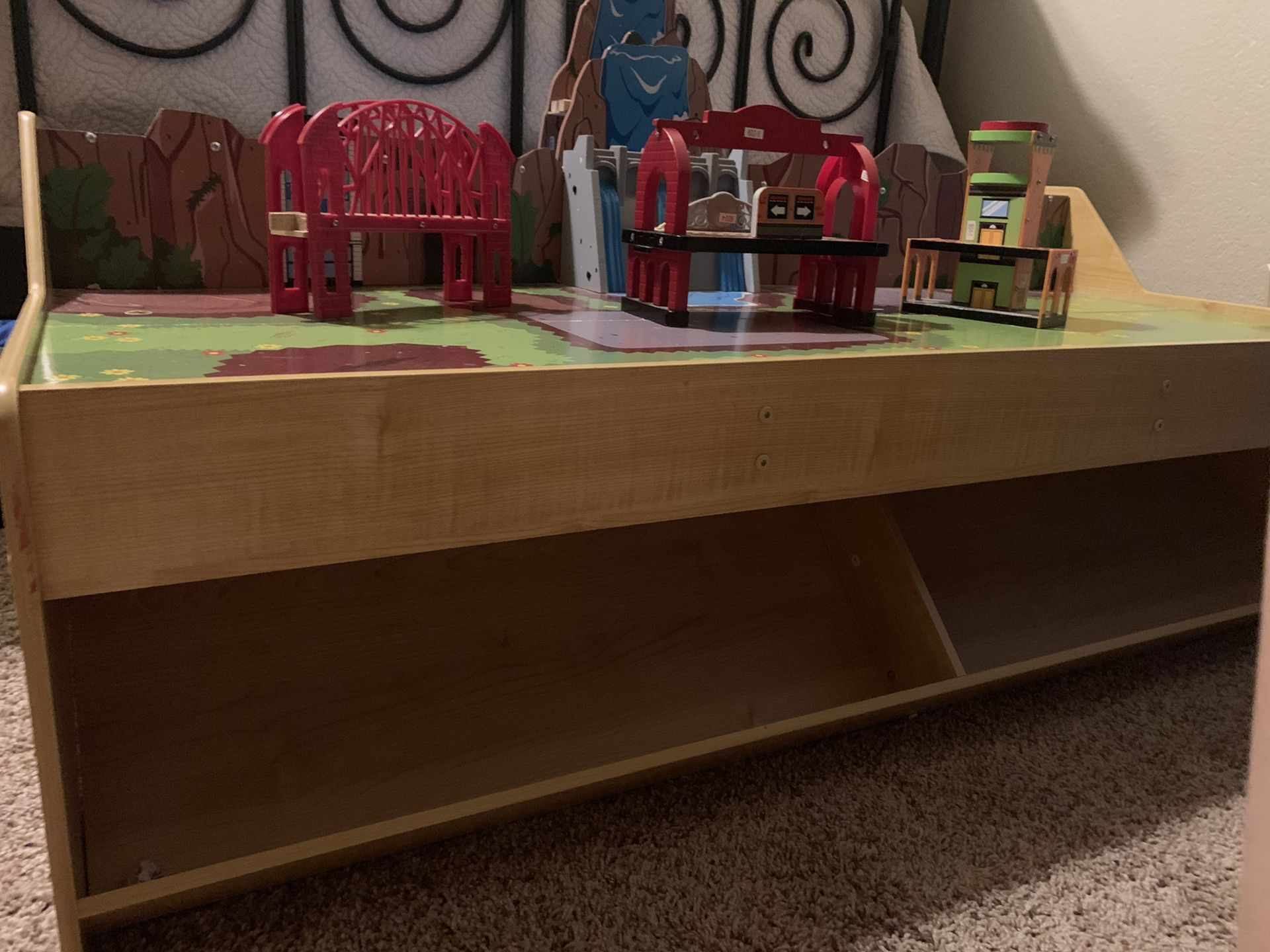 KidKraft 2-level Train Table