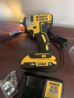 DEWALT 20v imapact xr 3-Speed brushles battery 2.0 and charger new Thumbnail