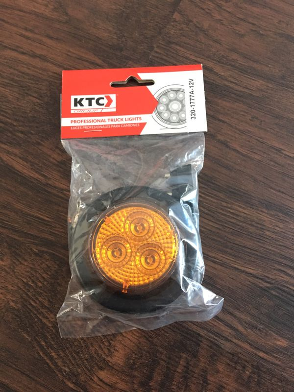"""Round Marker Light 2"""" Amber Diamond With Grommet & Pigtail 3 Led 12V for  Sale in San Leandro, CA - OfferUp"""