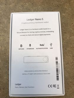 New Ledger Nano S Cryptocurrency Hardware Wallet Thumbnail