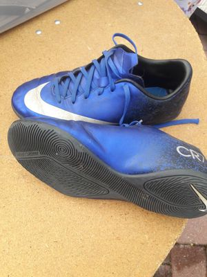 Kids indoor and outdoor soccer shoes for Sale in Aspen Hill, MD