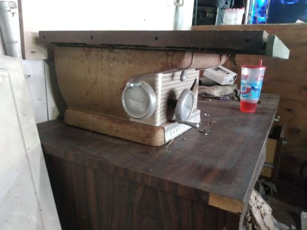 Craftsman 100 table saw for Sale in Dallas, TX - OfferUp