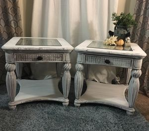 End Table Set (Enchanting Charm) for Sale in Deltona, FL