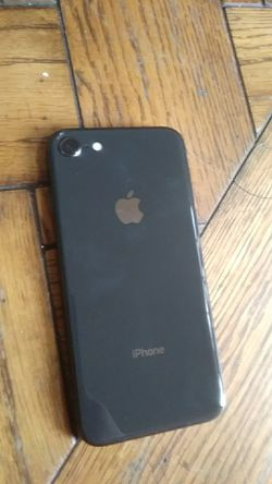 LOCKED!!!!!!! Iphone 8 Thumbnail