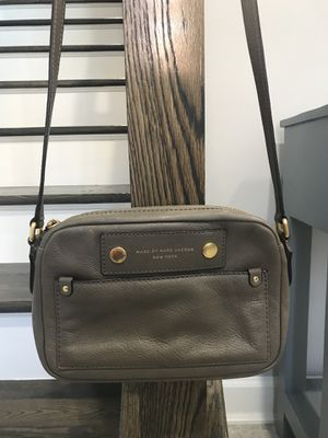 Marc jacobs purse bag 💯 authentic for Sale in Herndon, VA