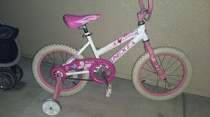"""Next butterfly brand 16"""" for Sale in Milpitas, CA"""