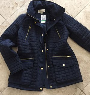 New Michael Kors Navy quilted Coat for Sale in Arlington Heights, IL