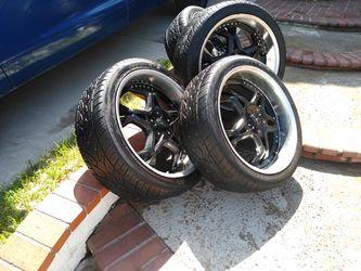 Truck Set Of 4 Tires  265/40R22 Thumbnail