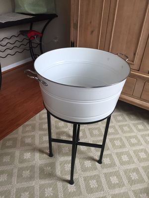 Pottery Barn Partyware Bucket ( beverages, plants..) indoor/outdoor. SO many uses!! for Sale in Gainesville, VA