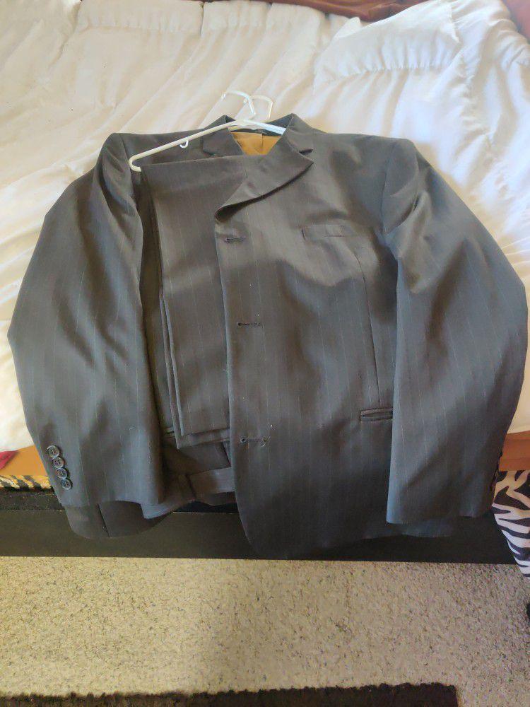 HAGGAR Men's Suit Never Worn