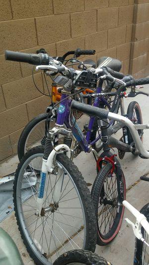 """Womens 24"""" bike for Sale in Phoenix, AZ"""