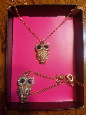 Rose color owl necklace and bracelet for Sale in Sacramento, CA
