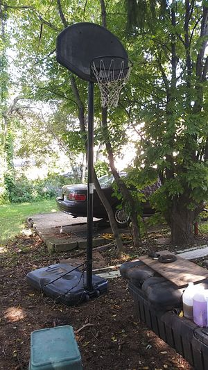 Basketball hoop for Sale in Akron, OH