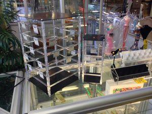 Erin displays for Sale in Hyattsville, MD