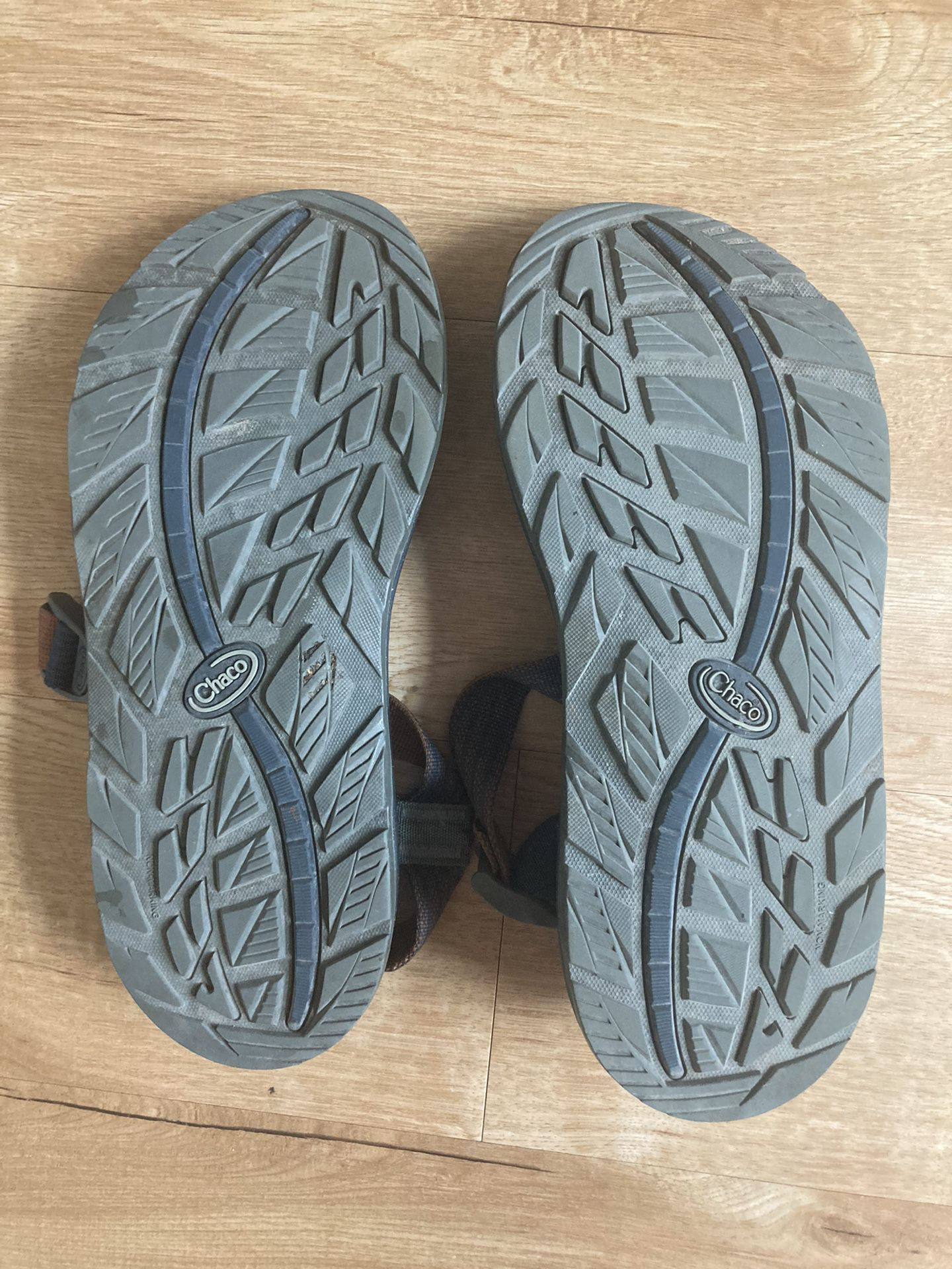 Men's Chacos size 11