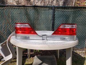 Photo 96-99 Mercedes Benz w140 rear taillights
